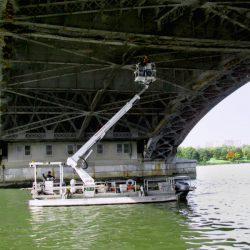Harcon-bucket-boat